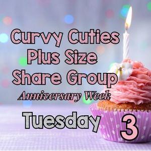 Tops - 2/19 PLUS SHARE GROUP: Curvy Cuties